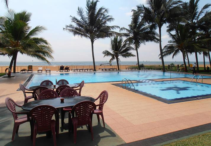 Camelot Beach Hotel in Negombo