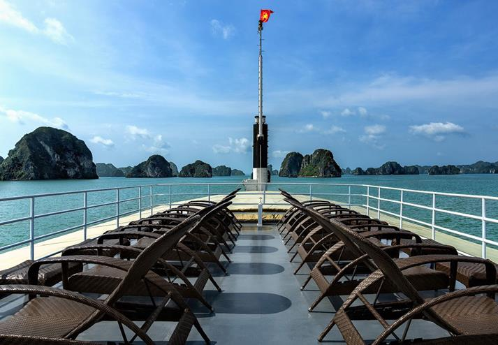 Overnachting op boot in Halong Bay