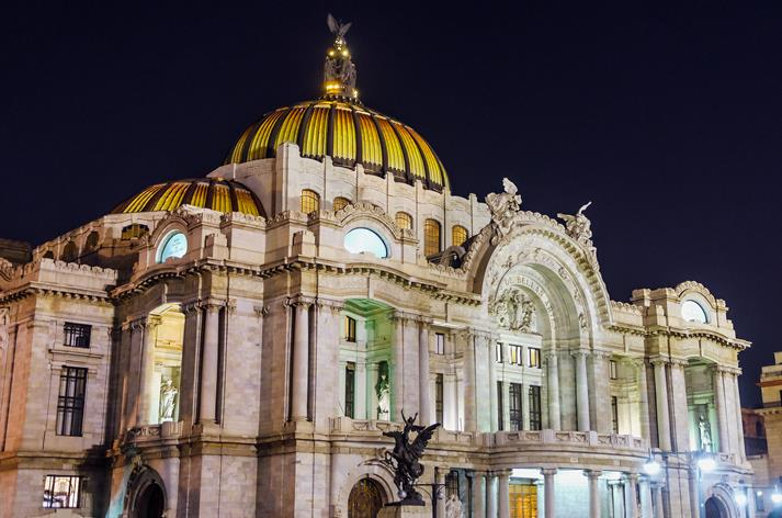 Paleis voor Schone Kunsten in Mexico-City