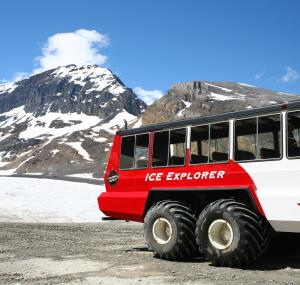 Ice Explorer over de Icefield Parkway