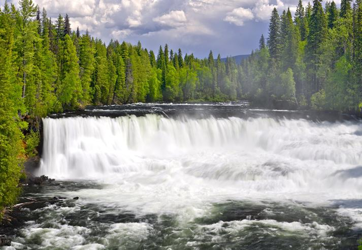 De Dawson waterval in Wells Gray Provincial Park
